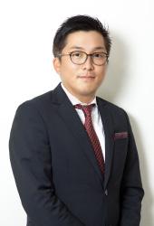 アルファプラス株式会社 代表取締役 赤木 誠